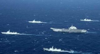 中国海军强调辽宁母舰通行台湾海峡实行训练