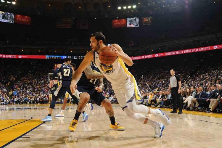 NBA 常规赛 :勇士主场 124-114 击败掘金   火箭 116-107 险胜公牛