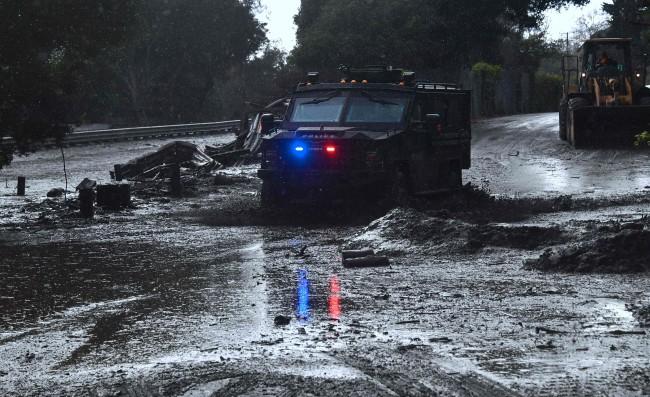 美南加州风暴突袭引发泥石流     造成至少 13 人死亡