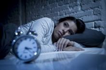 6 种帮助解决失眠问题的自然方式