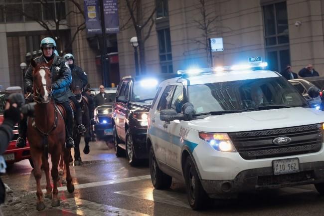 美国芝加哥警方指挥官遭可疑男子枪击      总领事要求印尼公民提高警惕