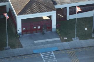 美佛罗里达州一高中发生枪击致 17 人死亡