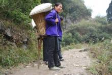 中国贵州桐梓县数千贫穷村民搬到更良好环境