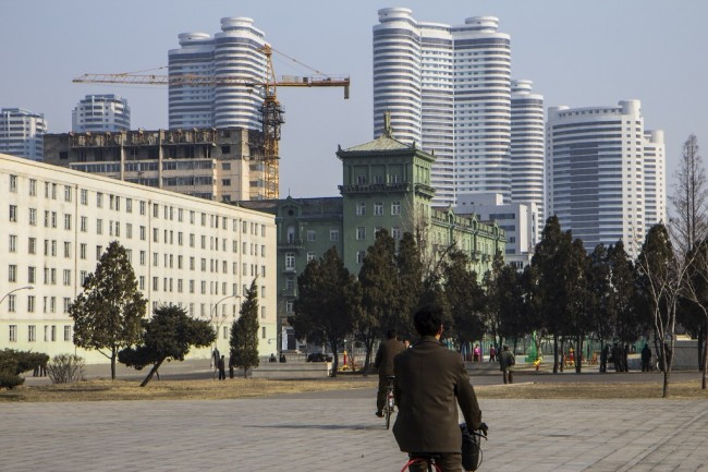 联合国报告称新加坡公司给朝鲜非法卖奢侈品