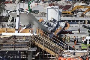 美佛罗里达州一天桥发生坍塌事故    已致 4 人死亡