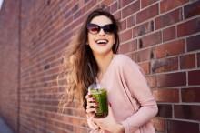 五种食物能帮助皮肤更年轻