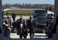 美国防部长赞赏印尼就阿富汗局势发挥积极作用