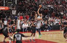 NBA 常规赛 16 日综述  : 火箭险胜森林狼     骑士遭败仗
