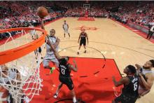NBA 常规赛 19 日综述 : 火箭系列赛 2-0 领先