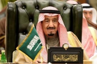 沙特王宫周边响起枪声       有媒体报曝国王沙尔曼躲在掩体里