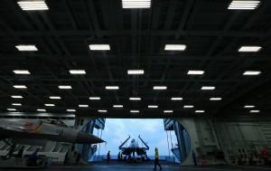 中国海军航母编队在西太平洋展开实战演练