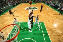 NBA 东部决赛 : 凯尔特人战胜骑士 3-2 领先