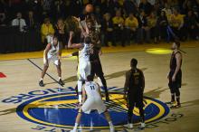 NBA总决赛 : 勇士 124-114 骑士开门红