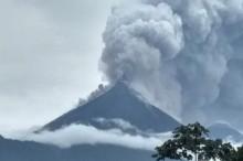 危地马拉火山喷发已致 25 人死亡    喷发开始平静