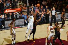 NBA 总决赛 : 骑士102-110 不敌勇士遭三连败