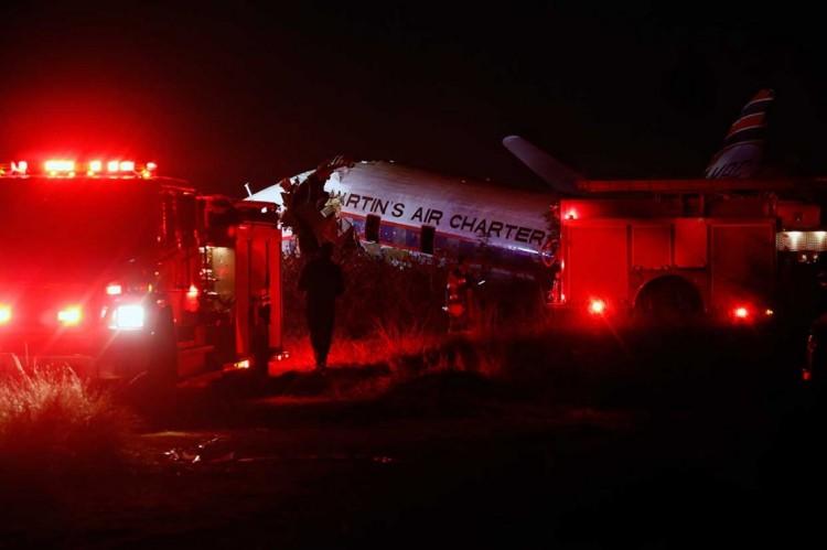 南非一小型飞机坠毁造成 1 人死亡