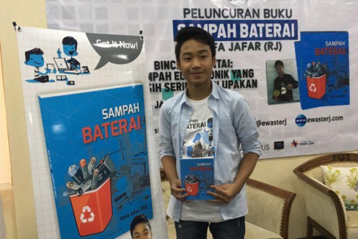 国内电池垃圾书的少年作者推动保护环境行动