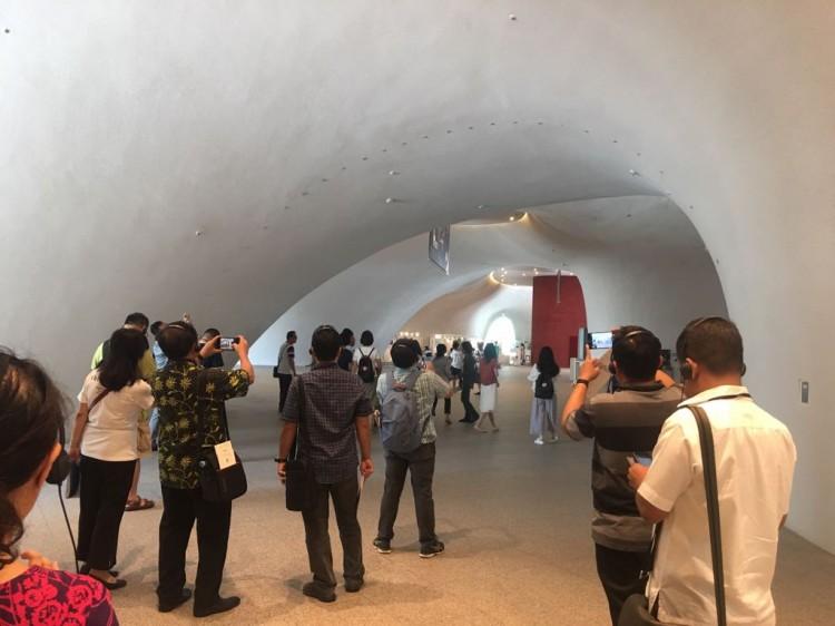 洞穴设计民族剧院成了台中市最具代表性建筑