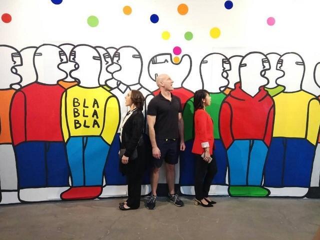 雅加达意大利文化学院艺术展 :  米兰年轻艺术家 10 米长画作亮相