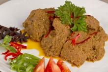 巴东著名料理仁当牛肉  :  不仅美味牛肉属于动物蛋白质来源