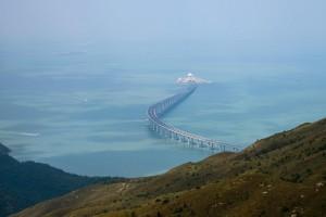 习近平宣布港珠澳大桥正式开通