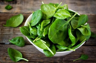 常食绿叶蔬菜有助降低眼疾风险