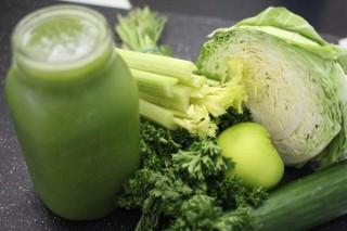 芹菜汁对身体健康的四种益处