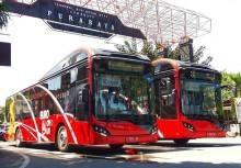 泗水市利用市内巴士开展塑料废物回收活动