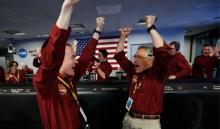 美国宇航局 InSight 宇宙飞船成功在火星降落