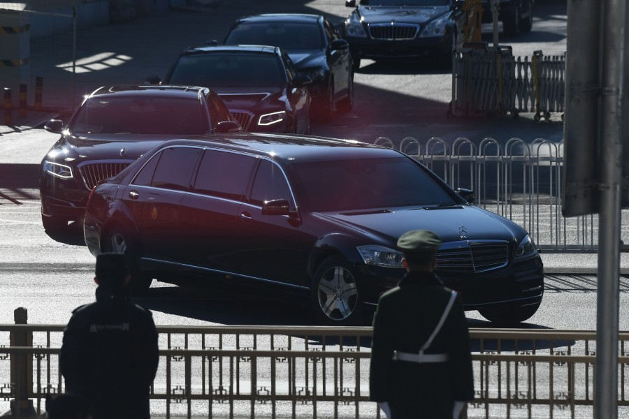 Cars in the motorcade of North Korean leader Kim Jong Un leave from Beijing Railway Station in Beijing on January 8, 2019. (Photo by GREG BAKER / AFP)