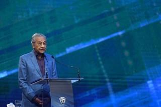 马哈蒂尔呼吁提供中国涉 1MDB 丑闻的证据