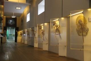 雅加达老城区皮影戏博物馆展示各地皮影戏