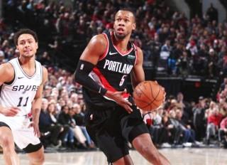 NBA 常规赛 8 日综述 : 开拓者、湖人拿下比赛