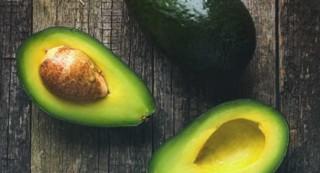 有助于去除脂肪团的四种食物
