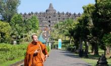军警临近卫塞节加强婆罗浮屠佛塔和周边的警戒