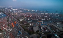 财政部关注贸易战引发全球经济缓慢