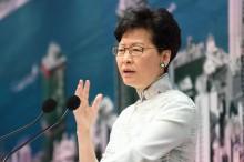 香港官员  : 港特首未经中国批准无法放弃职位