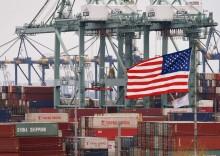 对华征收新关税前   美港口进口货物激增