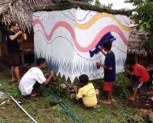 龙目岛Tebango村民在不同宗教信仰持宽容态度