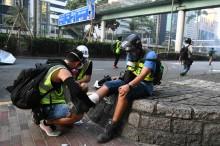 外媒  : 媒体记者报道香港抗议的安全受到越来越大威胁