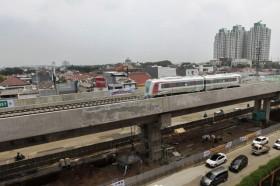 雅加达北线轻轨捷运列车从12月1日正式开通收费