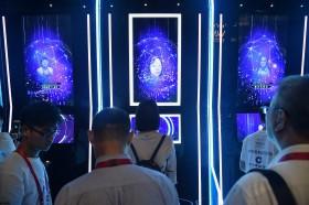 外媒 : 中国12月1日起对电话入网新用户实施人脸识别技术