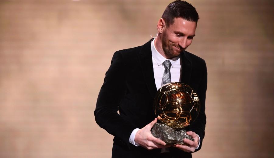 Lionel Messi won Ballon d Or France Football 2019 trophy on December 2, 2019. (Photo by FRANCK FIFE / AFP)