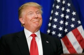 """特朗普称与中国的贸易谈判进展""""很顺利"""""""