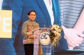 蕾特诺巴厘岛民主论坛开幕发言 :    民主与包容性增长密切相关