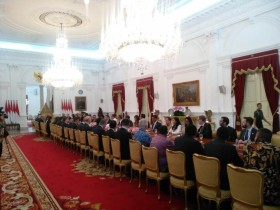 佐科威会见美商业代表团  :  希望美方参与基础设施建设项目
