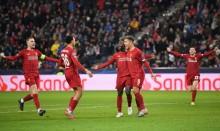 欧冠11日综述  :   利物浦、巴萨晋级16强