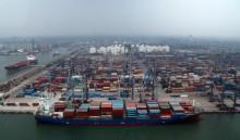 央行 :  印尼12月份出现3亿美元的贸易逆差