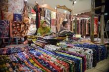 专家 :印尼蜡染离不开中华文化影响